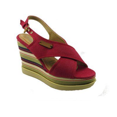 Czerwone sandały na koturnie DK