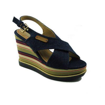 Granatowe sandały na koturnie DK