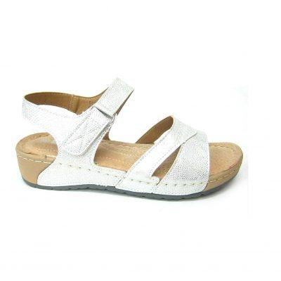 Wygodne białe sandałki
