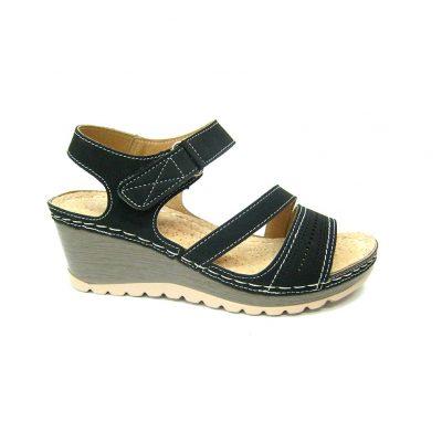 Czarne sandałki na rzepy