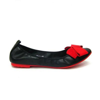 Czarne baletki z czerwoną kokardką