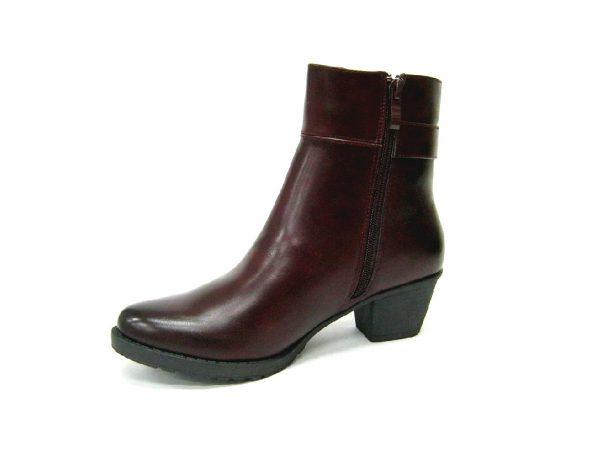 Bordowe buty na słupki Jezzi